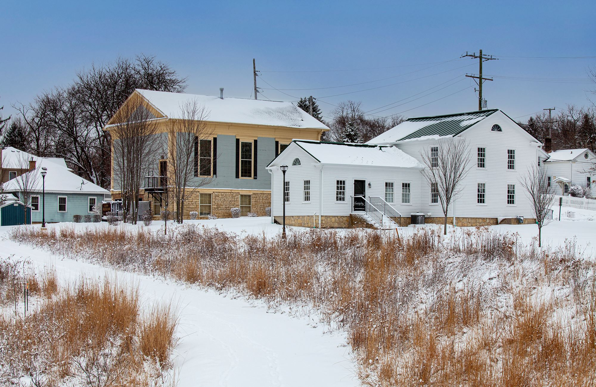 Photo of the Warrenville Tavern and Historical Museum in Snow